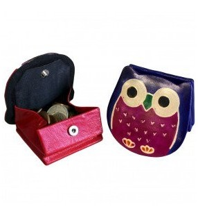 Ethically Sourced Leather Tooled and Painted Owl Design Coin Pouch